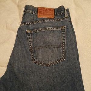 Lucky brand Jean's 18